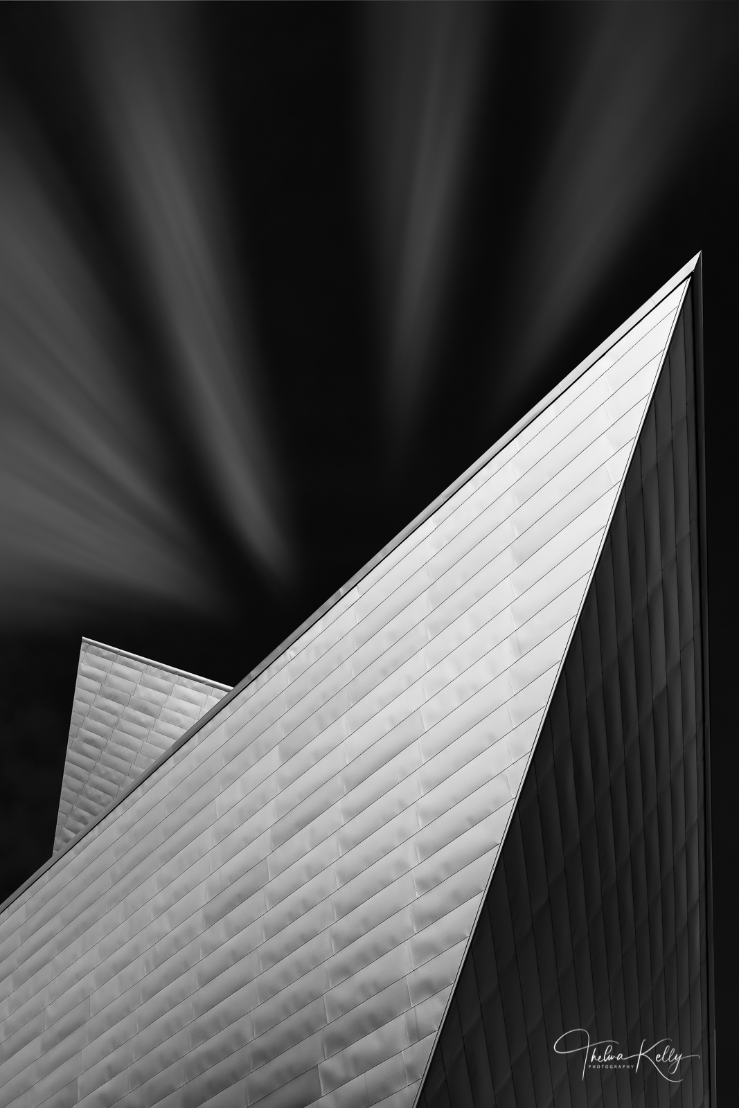 Covered in 230,000 sq.ft. of titanium panels the Denver Art Museum's geometric pdesign pays homage to the nearby Rocky Mountains...