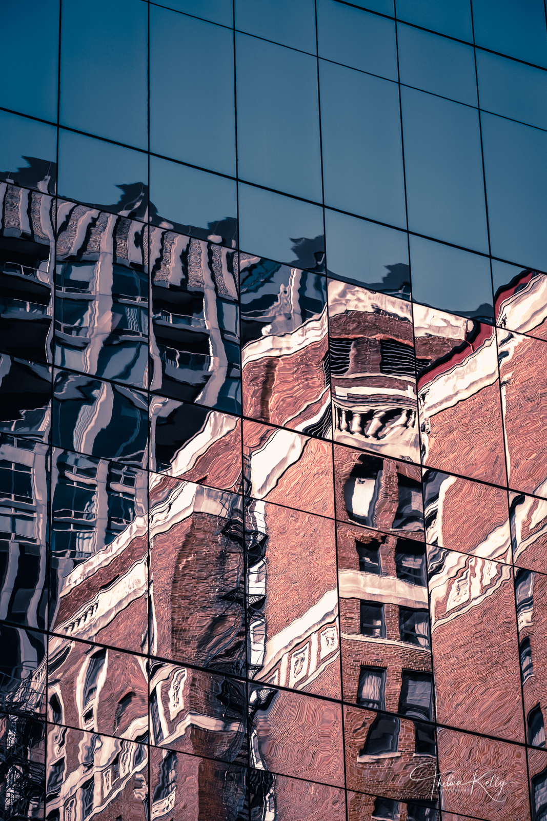 When old red brick buildings meet new glass covered skyscrapers the effect can be quite dazzling!